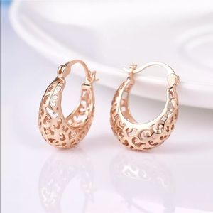 18k gold designer hoop earrings